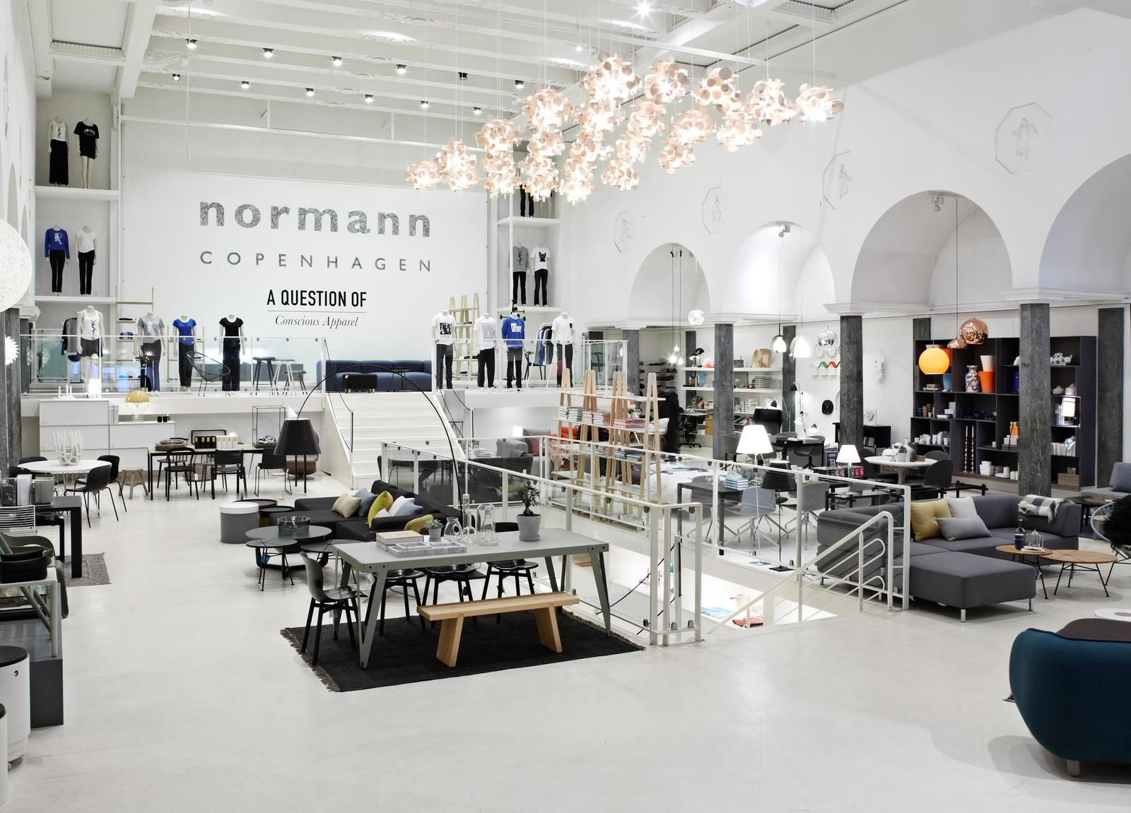 Regala un oggetto di normann copenhagen for Barhocker normann copenhagen